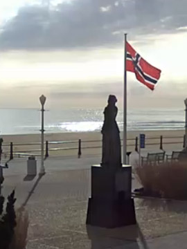 Virginia Beach Boardwalk Webcam - 25th St