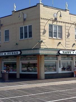 Shrivers Salt Water Taffy 9th St Boardwalk Cam in Ocean City, NJ