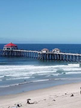 Huntington Beach Lifeguard HQ Cam